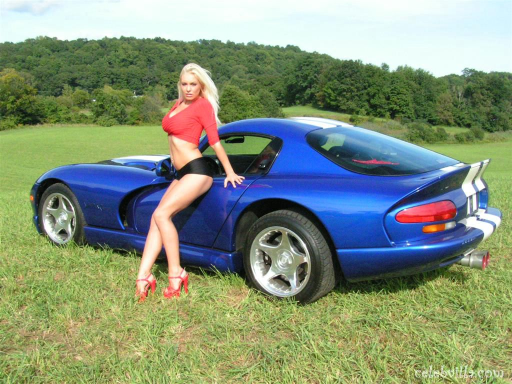 blue-car-with-hot-girl