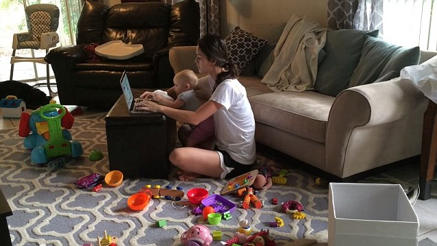 Balance Blogging Along With A Day Job and Family